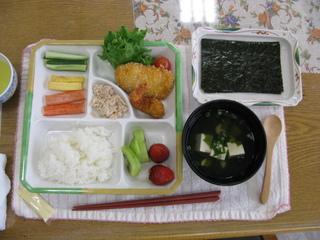 お昼ごはん作り(手巻き寿司).JPG