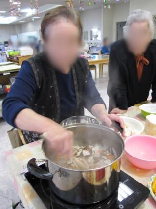 H282月お昼ごはん作り .jpg